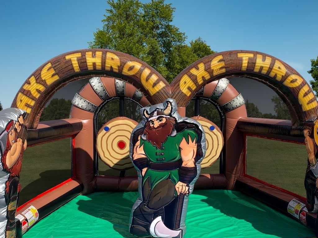 axe-throwing-inflatable-recordahit