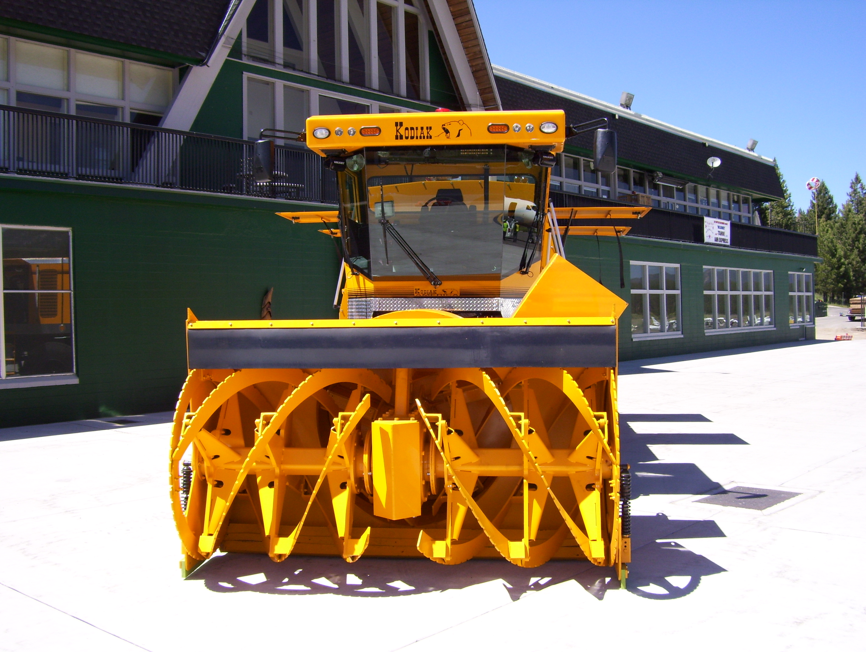 Airport Snowblower Rotary front